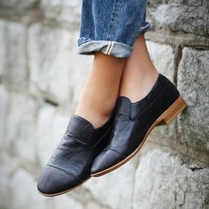 Jeffrey Campbell Bryant Cap-toe Leather Loafers